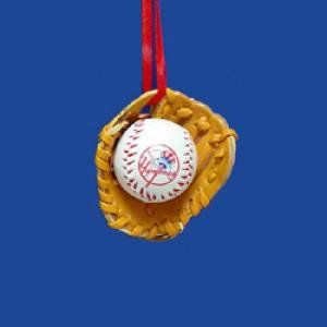 New York Yankees Baseball in Glove Ornament Sports