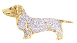18 kt. Yellow Gold Diamond Dachshund Dog Pin (1.1 TDW)