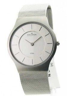Mens Skagen Steel Ultra Slim Dress Watch 233LSS Watches